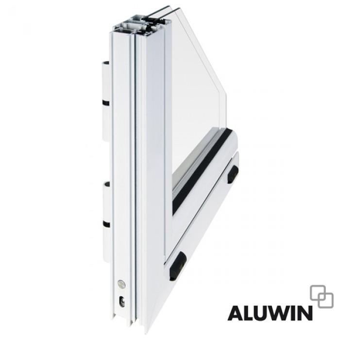 Ventana abatible una hoja con persiana rotura puente t rmico ventanas y puertas de aluminio - Aluminio con rotura de puente termico ...